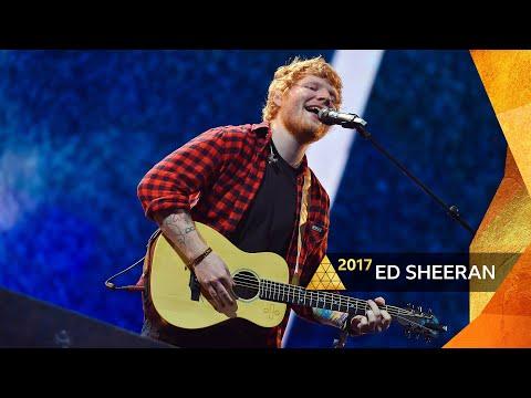 gratis download video - Ed-Sheeran--Shape-of-You-Glastonbury-2017