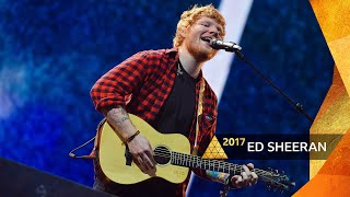 Ed Sheeran performs Shape of You at Glastonbury 2017. Visit the Glastonbury 2017 website for more videos and photos https://www.bbc.co.uk/glastonbury.