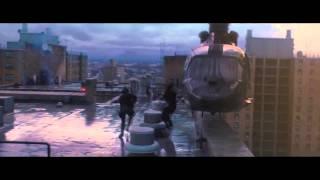 """Guerra Mundial Z - Clipe Oficial """"Fugindo pelo terraço"""" (2013)"""