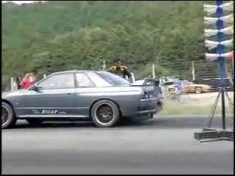 0 Nice Slow motion Video of Drag Race Launches