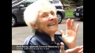 Dorli Rainey Applauds Concord Elementary Kids