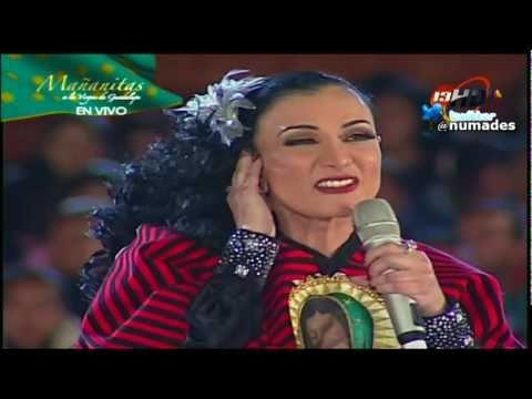 Beatriz Adriana le canta a la Virgen de Guadalupe- Virgen Morenita en Vivo 2010