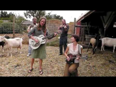 The Ditty Bops @ Redwood Hills Goat Farm: