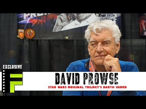 David Prowse aka Darth Vader Says Why His Voice Was Cut at Awesome Con