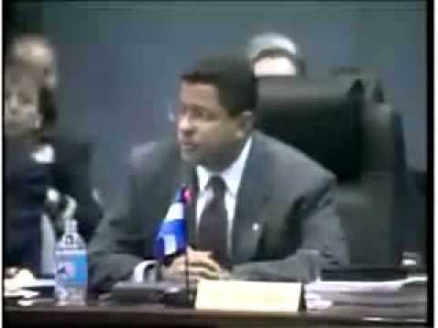 Francisco Flores, ex presidente de El Salvador confronta al dictador Fidel Castro