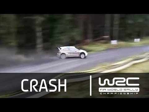 Wales Rally GB 2014 - Latvala´s slide
