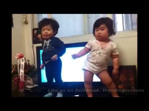 韓國可愛跳舞寶寶,韻律感超好~(Youtube千萬人氣)好想捏她喔!