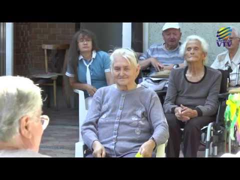 Jó ellátás, hosszú várólista - életképek az idősek otthonából