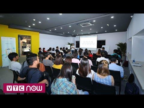 Việt Nam Digital 4.0: Lớp học kinh doanh của Google - Thời lượng: 6 phút, 16 giây.