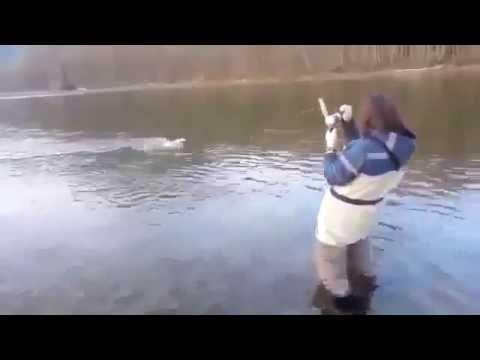 взял жену на рыбалку видео