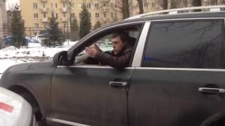 Питерский автохам на «Порше» перекрыл дорогу скорой с экстренной пациенткой