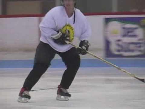 Тренировка скоростной техники катания в хоккее