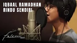 "Video Official Lyric Video ""Rindu Sendiri - Iqbaal Ramadhan"" 