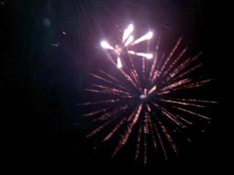 Near miss during fireworks in Roanoke,IL 7/3/10