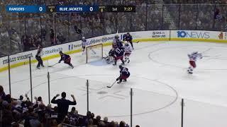 Бобровский спасает ворота