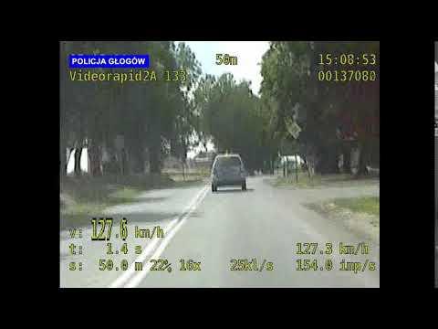 Wideo: 23 - letni kierowca jechał z prędkością  127 km/h w terenie zabudowanym