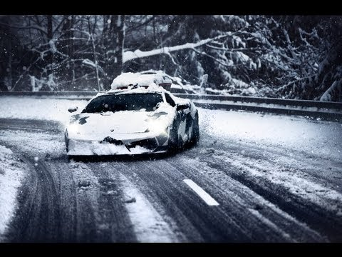 Lamborghini In Snow  photos