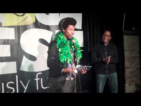 Comedian Mike E. Winfield wins $10K at Gilda's LaughFest