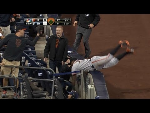 Video: Panda makes great effort on ball, falls over
