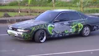 Magelang Indonesia  city pictures gallery : Burnout Drift Nissan Cefiro Magelang Indonesia Java Style