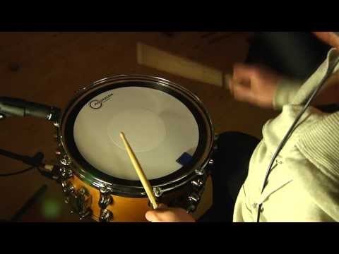 Aquarian - This is a test of Aquarian's Hi-Energy Snare Batter Head, played at a High, Medium and Low tuning. Tuning was measured using a drum dial, All recordings wher...