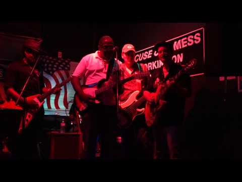 Ain't No Sunshine - Linwood Taylor, Clarence Turner, Sol Roots @ MV's, Falls Church VA 9-7-2014