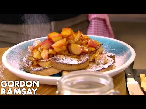 Gordon Ramsay's Cinnamon Eggy Bread with Quick Stewed Apples - Thời lượng: 4 phút, 7 giây.
