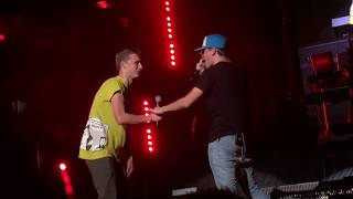 Video FAN OUTRAPS LOGIC IN FRONT OF MINNESOTA CROWD!! MP3, 3GP, MP4, WEBM, AVI, FLV Agustus 2018