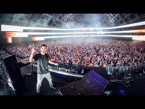 gratis download video - The-Martin-Garrix-Show-S2E8-Coachella