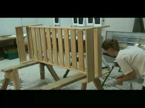 beds - Go to http://www.buildeazy.com/workshop/bunk-bed-1.html for the free plans. How to make a set of bunk-beds by BuildEazy. Bunk beds for the kids bedroom.