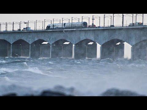 Dänemark: Tote und Verletzte bei Zugunglück auf der Brücke über der Meerenge Großer Belt