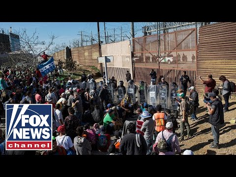 Pregnant migrant scales border wall, gives birth in US