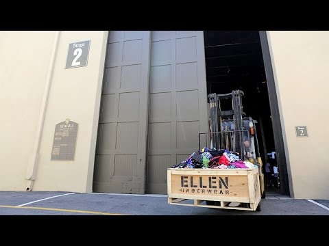 Ellen's Intimate Gift To Conan