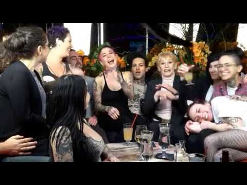 Vegas Live with Ninon and Joanna Angel and Mr Small Hands (видео)