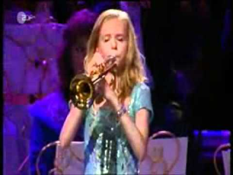 El Silencio en trompeta - espectacular.wmv