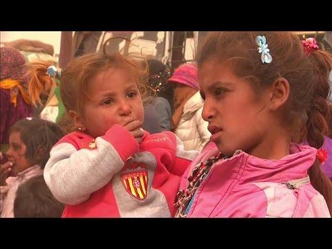 Συρία: Κύμα εκτοπισμένων από την «πρωτεύουσα» των τζιχαντιστών