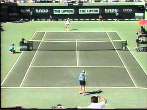 Andre Agassi vs The Ball Girl