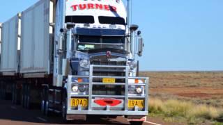 Video Australian Road Trains (The biggest Trucks in the world) MP3, 3GP, MP4, WEBM, AVI, FLV Juni 2018
