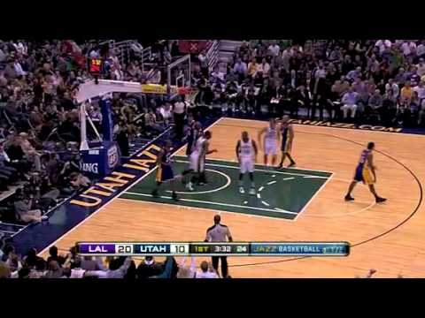 Al Jefferson Dunks on Lakers