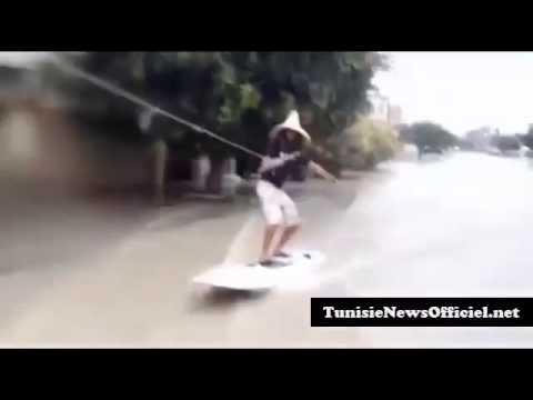في سوسة مواطن يتزحلق على الأمواج وسط الطريق