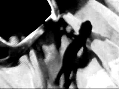 Tekst piosenki Suicide - Girl po polsku
