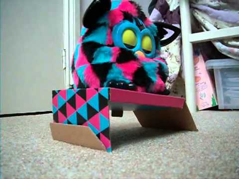 Unboxing Furby Boom 2013