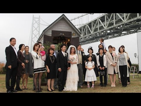 移動式の教会で結婚式を 神戸