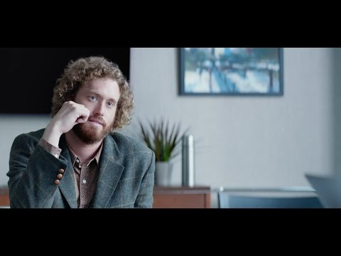Office Christmas Party (TV Spot 'Does Your Boss Hate Parties?')