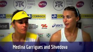 Medina Garrigues e Shvedova vencem a segunda nas duplas em Florianópolis