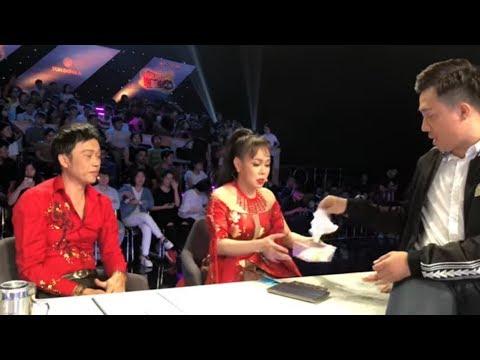 Trấn Thành và Việt Hương gây gổ ầm ĩ trong hậu trường vì HOÀI LINH và Chi Dân