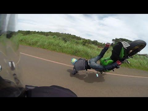 nieudany-popis-motocyklisty