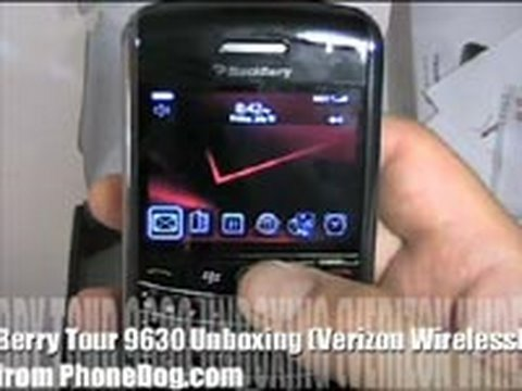 BlackBerry Tour 9630 (Verizon) - Unboxing