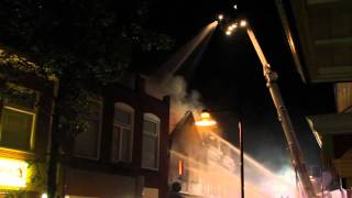 Grote brand verwoest café in centrum Dokkum