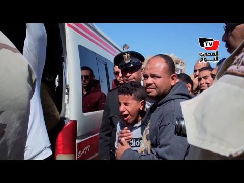 «حامد وعبد اللاه والدش» يتقدمون جنازة شهيد سيناء وسط انهيار وبكاء الأهالي